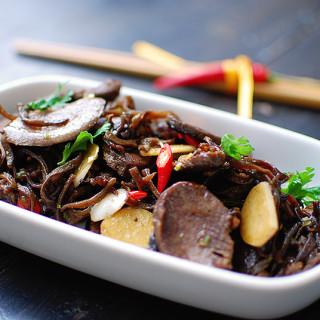 Gęsie żołądki z grzybami mun